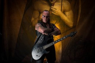 VENOM INC. – rilasciano una dichiarazione dopo l'intervento al cuore subito dal chitarrista Mantas!